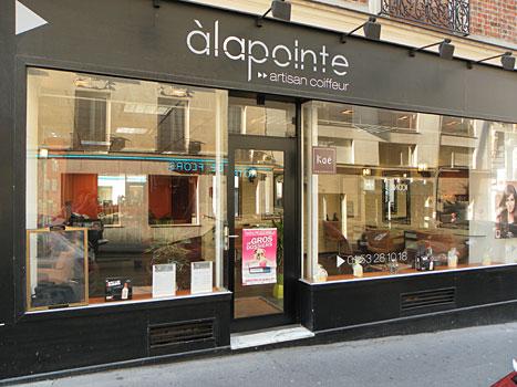 La pointe pr sentation du salon de coiffure paris for Salon de coiffure paris 18